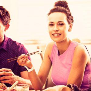 Comida/cena entre amigos